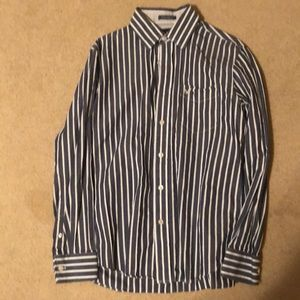 Long sleeve vintage fit American eagle button up